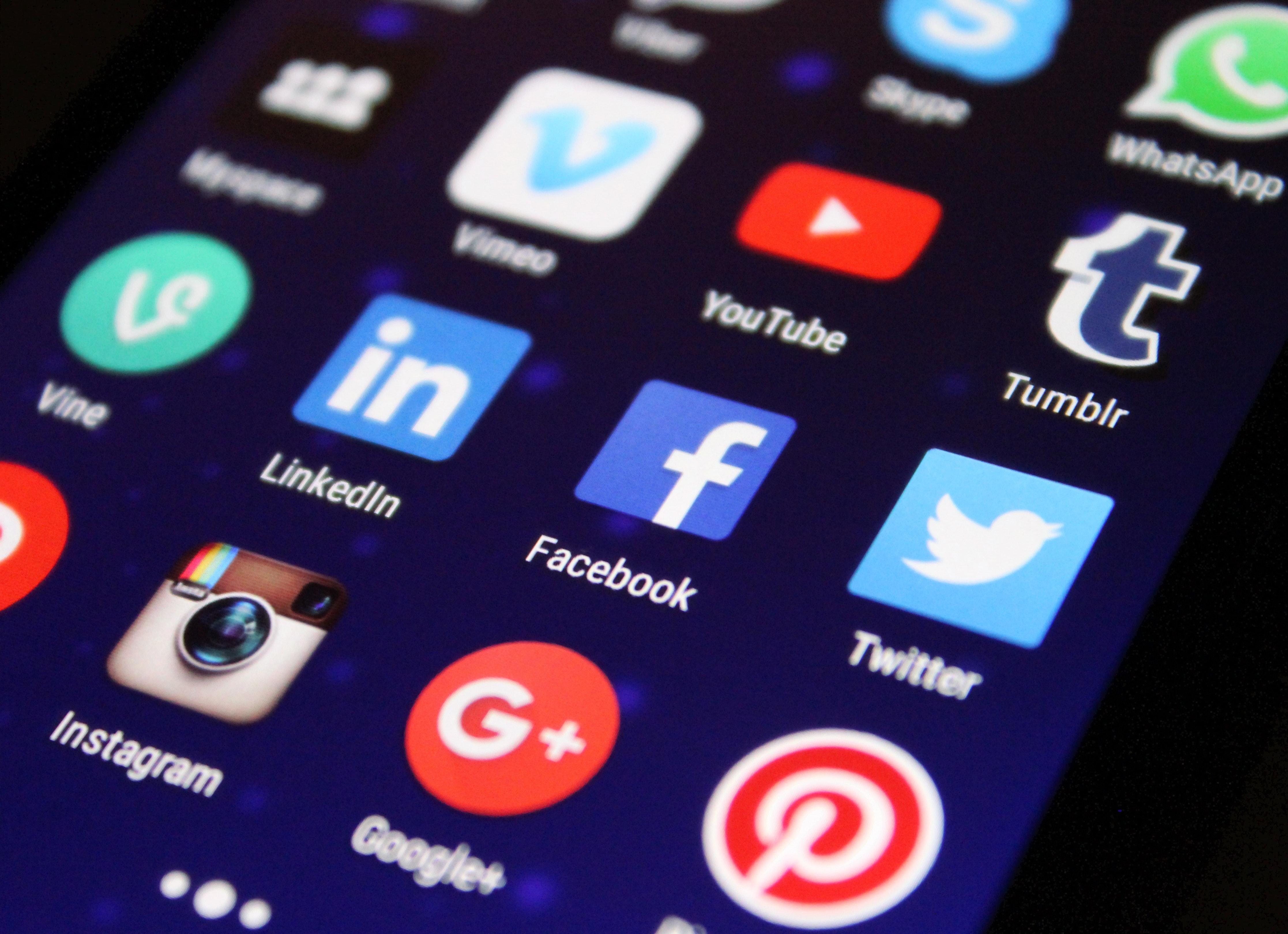 Social:_monitoring_2