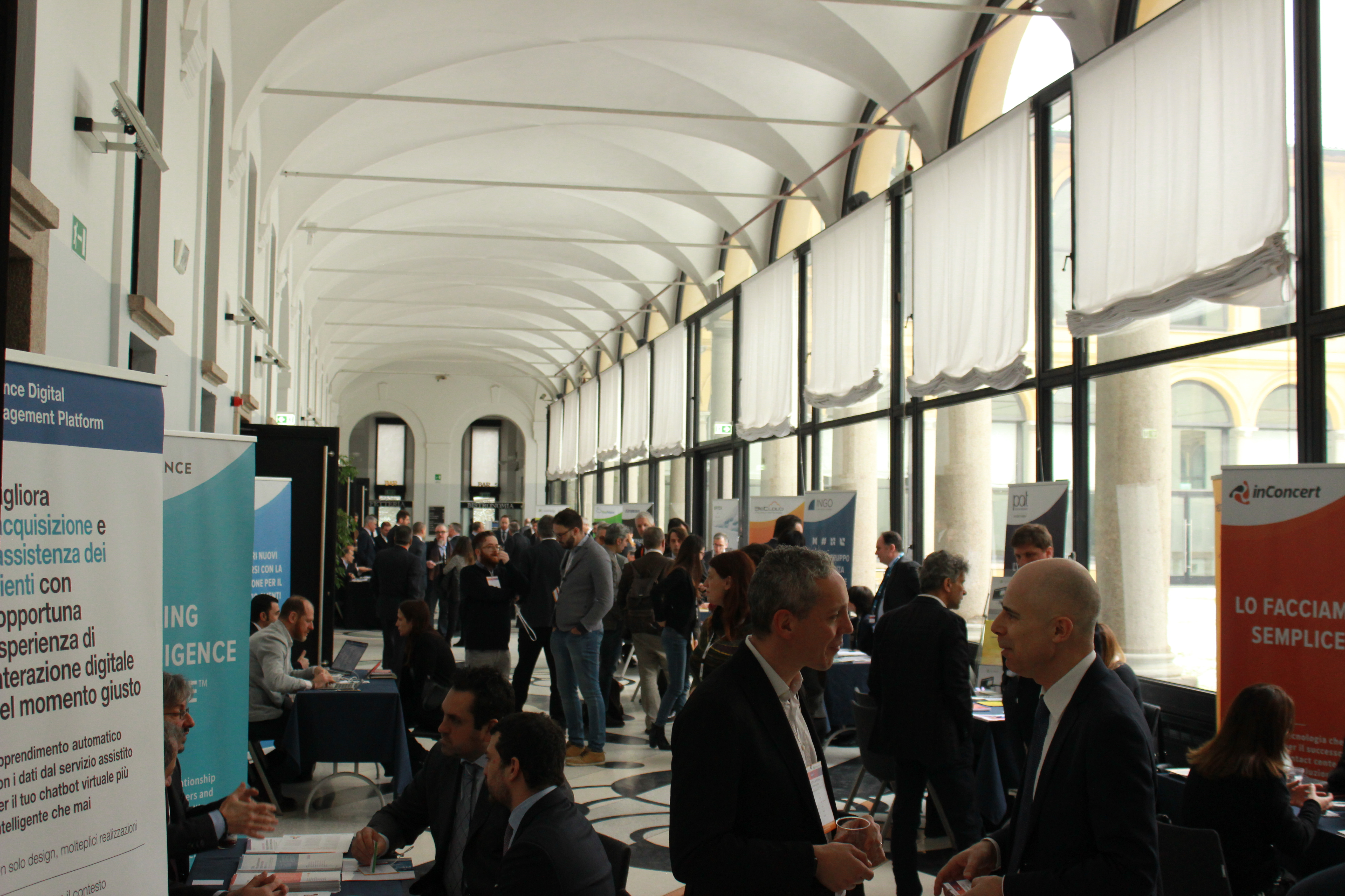 business speed dating milano This period led the mass media to nickname the metropolis milano da bere, literally milan  business district of milan,  speed train lines link milan.