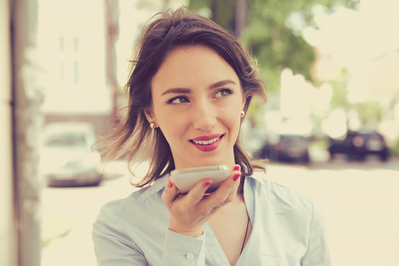 Assistenti vocali, come la voce può migliorare processi aziendali e CX