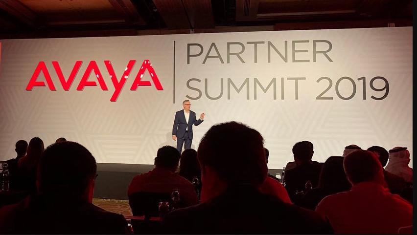 """Avaya premia i migliori partner 2018 come """"pionieri della tecnologia"""""""