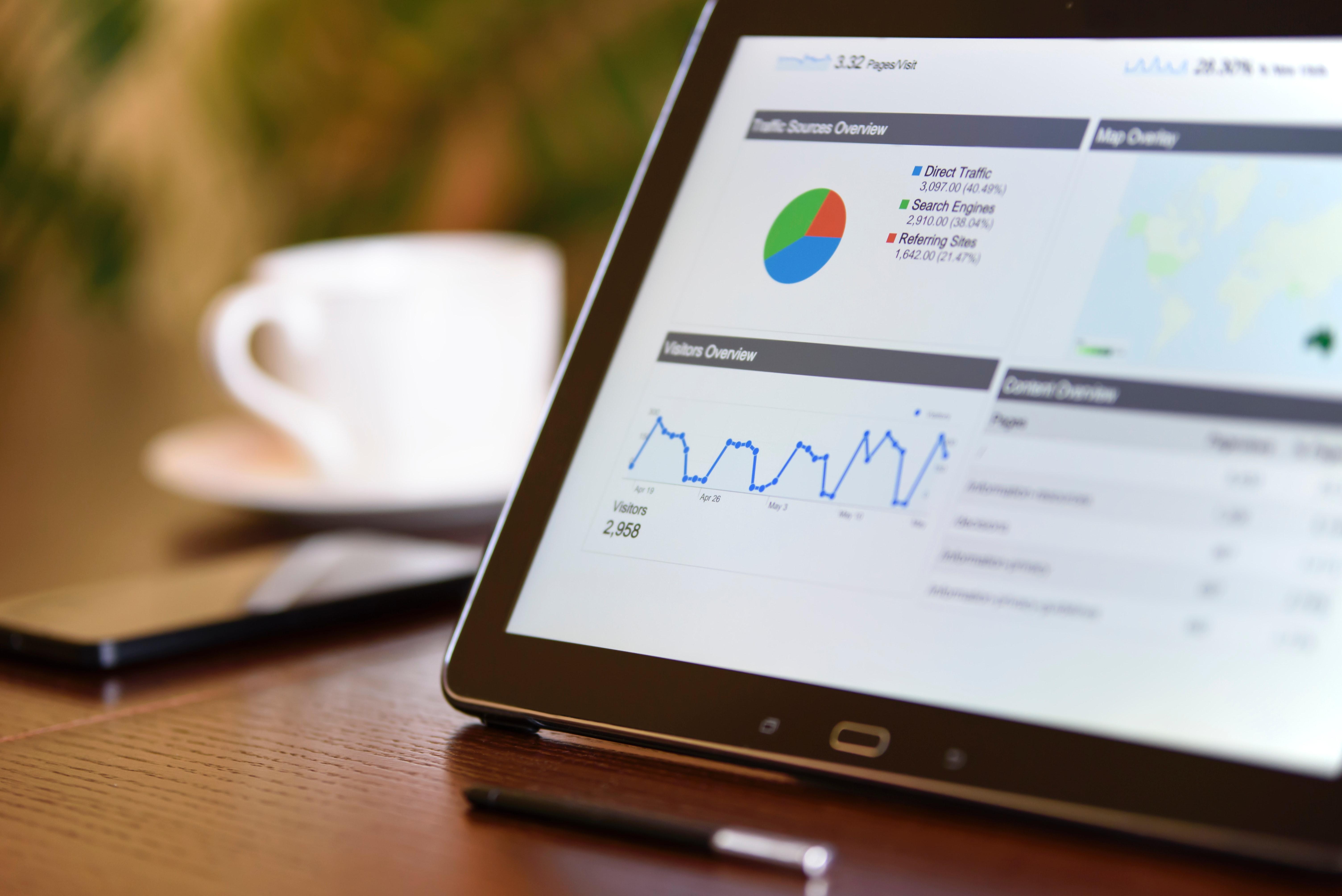 Salesforce traccia i trend del Servizio Clienti tra Intelligenza Artificiale e focus sulle competenze