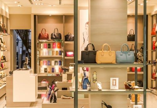 """Yamamay e Accenture danno il benvenuto ad """"Anna"""" la nuova fashion stylist"""
