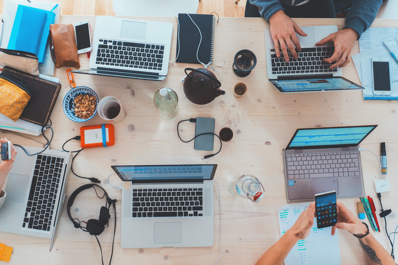Multicanalità e CX: le aziende tengono il passo dei consumatori?