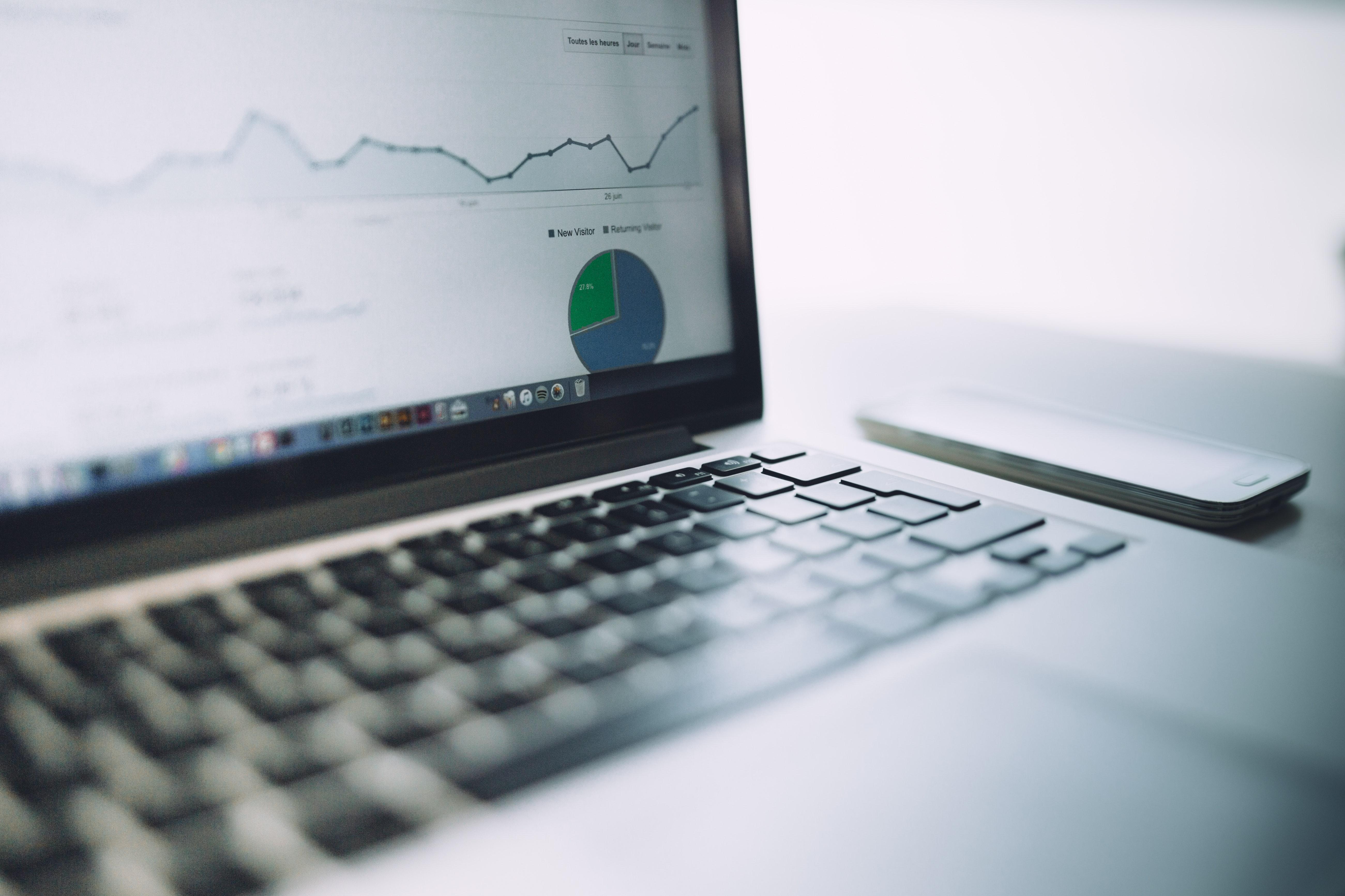 Salesforce Shopping Index mostra come con il lockdown gli acquisti onlinesiano aumentati