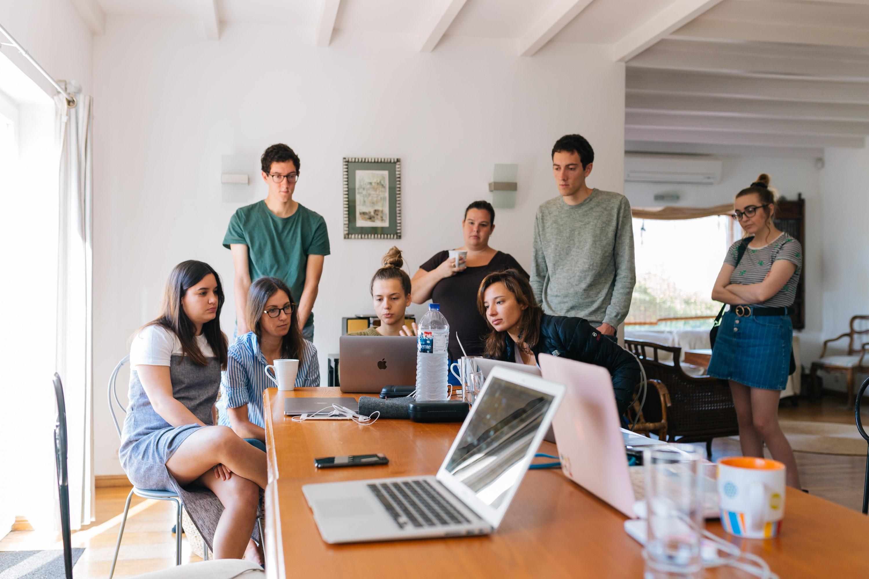 La Generazione Z sta riducendo le proprie attività online?