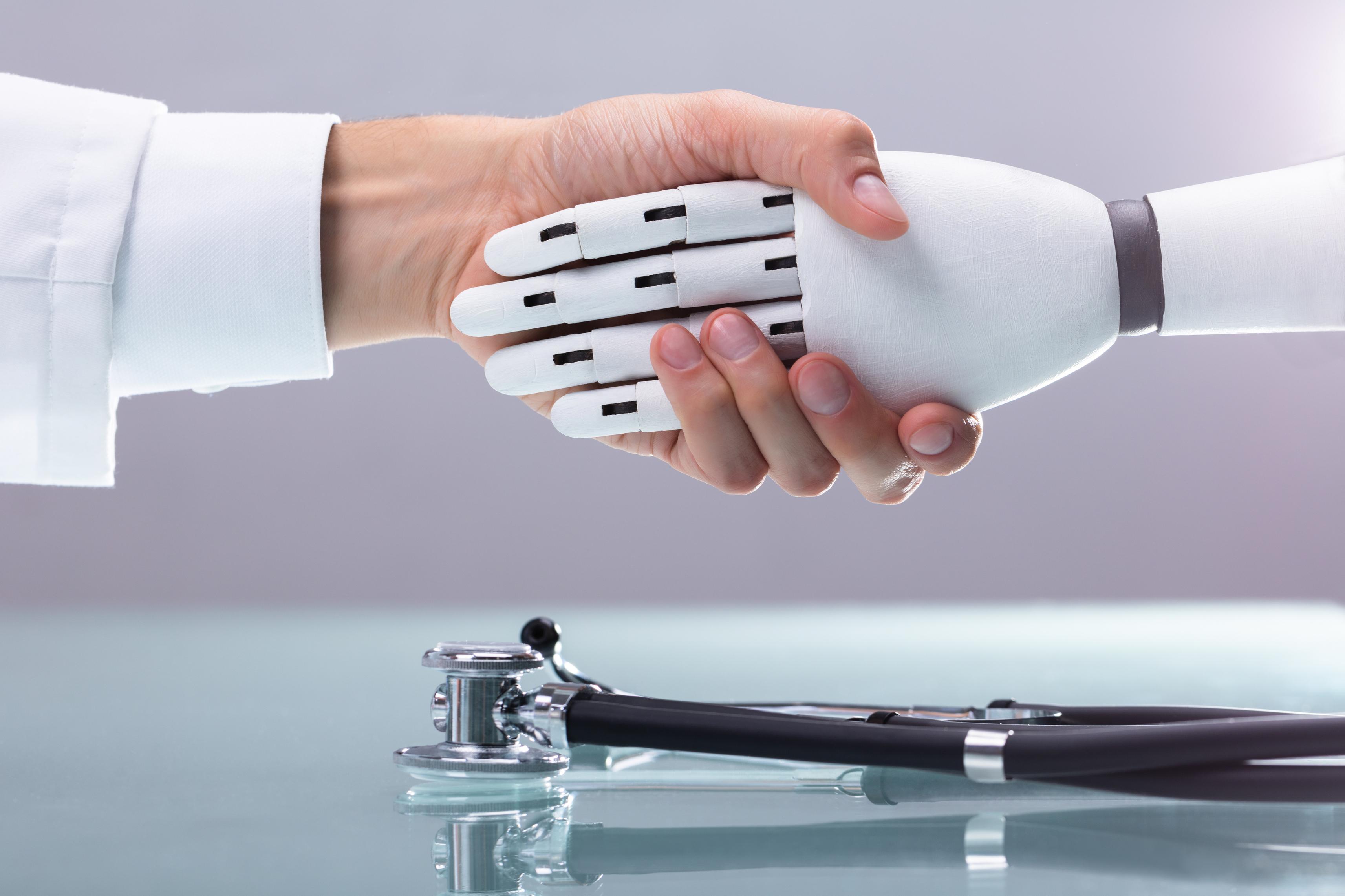Joey è il voicebot che aiuta pazienti e operatori sanitari