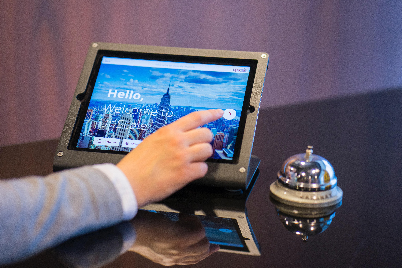 Gli hotel della catena Marriott adottano soluzioni contactless per il checkin